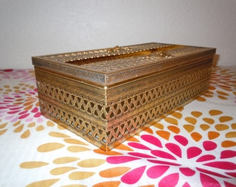Vintage Gold Metal Filigree Tissue Box, Tissue Cover, Tissue Holder, Bathroom Decor