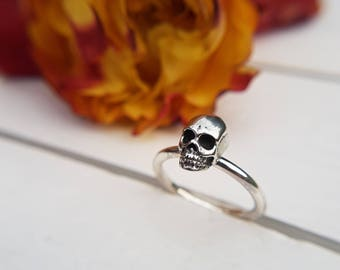 Small skull ring, Tiny solid silver skull ring, Stacker ring,Oxidised skull,Miniature skull jewellery,Biker ring,Dress ring,Cute ring,Gothic