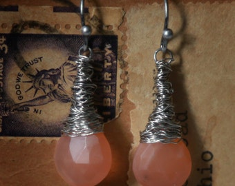 Strung-Out guitar string earrings with peach moonstone