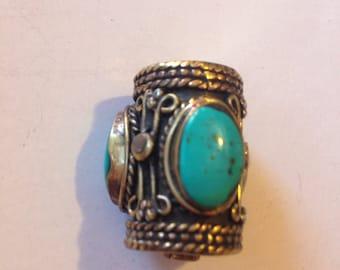 B1 Turquoise Brass Bead