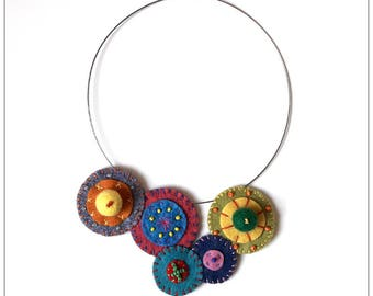 Necklace made of felt and seed beads-crew neck sweater in felt and seed beads - Bohemian spirit