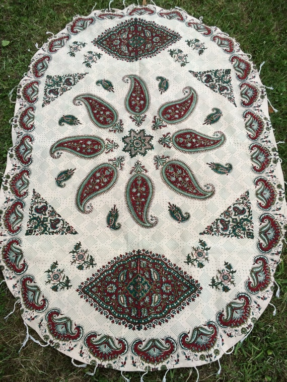 Oval tablecloth, traditional handmade green tapestry, natural dyes with tassels