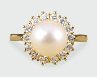 Contemporary Diamond and Pearl Cluster Ring in 18ct Gold RG416