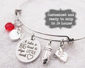 It takes a BIG heart to shape Little minds - Teacher Bracelet, Custom Name Charm Bracelet, End of School year teacher gift, heart jewelry