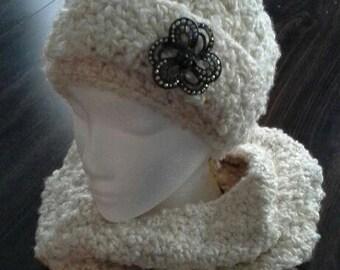 Warm Creamy Cowl