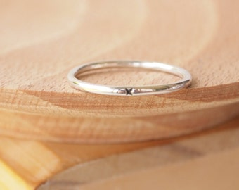 Silver Promise Ring, Kiss Plain Silver Band, Sterling Silver Band Ring with X, Stacking Ring, Silver Stacker, Plain Jewellery - Wedding Band