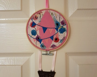 Embroidered, hooped, hot air balloon, wall hanging, nursery decor, bedroom.