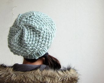 Cable Knit Beret. Slouchy Hat. Light green Cap. Knitted mint beret. knitted beanie watergreen mint Parisien style inspired.