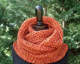 The Signature Herringbone Cowl - Crochet Pattern