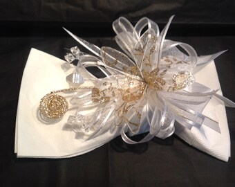 4 Elegant Stunning Reusable  Satin and Organza Napkin Rings