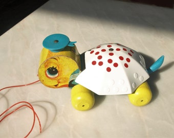 Vintage Fisher Price Tiny Tim Turtle Pull Toy No. 496 – Toddler / Preschool Toy 1957 – 62