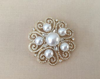 Gold Pearl Bridal Brooch.Gold Pearl Pin.Gold Pearl Brooch.Rhinestone Pearl.Gold Pearl Crystal brooch.Gold pearl Broach.wedding accessory