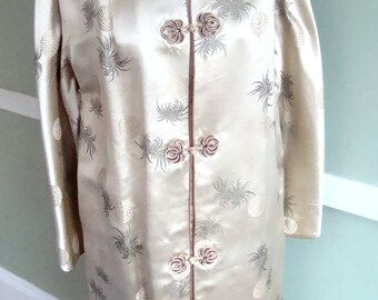 SALE 1950's Vintage Long Coat With Frog Closures- Asian Style Champagne Silk Jacket - Womens Size L 40 Bust
