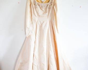 1940s Wedding Dress Mindelle Gown Beaded Beige Square Neck Princess Dress Medium