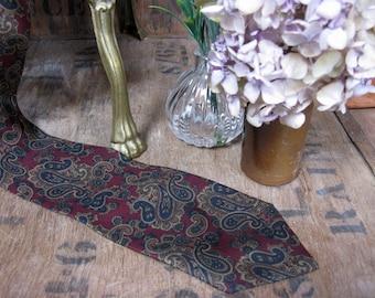 Yves Dorsey Tie, French Silk Tie, Paisley Tie, Paisley Necktie, Silk Tie, Silk Necktie, Vintage Tie, Paisley Silk Tie, French Vintage, Smart