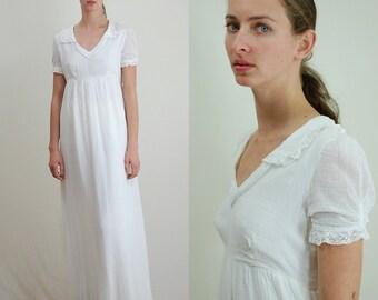 Vintage Dress / 70s Dress / Gauze Dress / Maxi Dress / Crochet Dress / 70s Gauze Dress / White Maxi Dress / Lace Dress / X Small