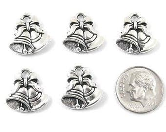 TierraCast Pewter Charms-Silver Christmas Bells (5)