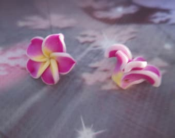 2 fuchsia polymer clay flower, yellow and white beads 15mm