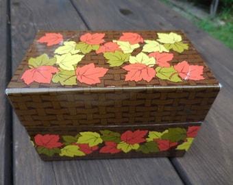 Vintage 1970s To 1980s Brown Metal Weaved Look Recipe Box Hinged Fall Maple  Leaves Orange/