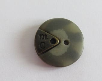 Button * resin beige marbled with two holes