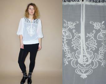 Vintage vrouwen wit geborduurde transparante Boheemse hippie folk blouse met kant