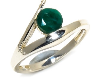 Natural Emerald Round Gemstone Ring 925 Sterling Silver R1033