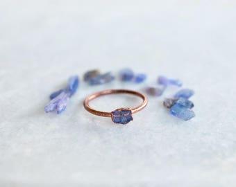 Tanzanite Ring | Raw Stone Ring | Minimalist Ring | Engagement Ring | Promise Ring | Birthstone Ring | Raw Gem Ring | Bohemian Ring