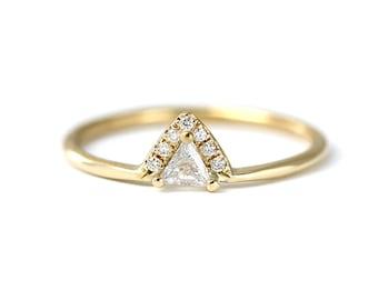 Trillion Diamond Engagement Ring, Triangle Diamond Ring, Crown Engagement Band, Diamonds Crown Ring, Trillion Cut Diamond Ring, Gold Ring