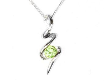 Peridot Squiggle Pendant, Sterling Silver Peridot Jewelry, 925 Silver Pendant, Peridot Jewelry, Silver Jewelry, August Birthstone, Peridot