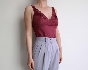 VINTAGE Camisole 1980s Lingerie Burgundy Wine Lace Tank Top Small 34