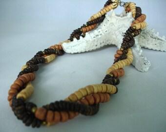 Trois brins torsadés collier de perles en bois - Dark & Light Brown, Beige disque perles - printemps cyclisation - idée cadeau - neur