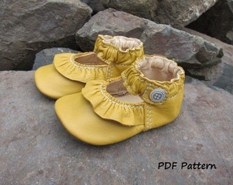 Baby Shoe Pattern Ruffled MaryJane Shoes PDF Sewing Pattern with tutorial