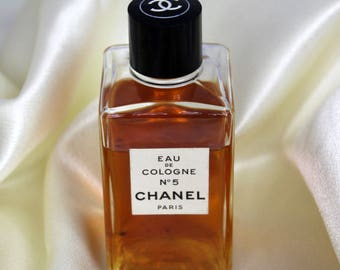 Vintage 1950s 1960s Old Formula CHANEL No 5 Eau De Cologne Paris France 1.7 oz Glass Bottle