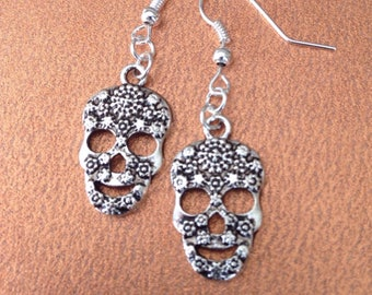 Sugar Skull Earrings, Day-of-the-dead Earrings, Dia de los Muertos Jewelry