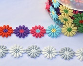 Embroidered Daisy Trim/Fl...