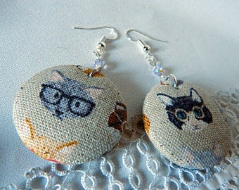 Cloth earrings, cats