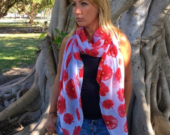 Red Poppy Print Scarf / Mothers Day Gift / Floral Spring Scarf / Women Scarves / Infinity Scarves / Fashion Accessories / Gifts For Her