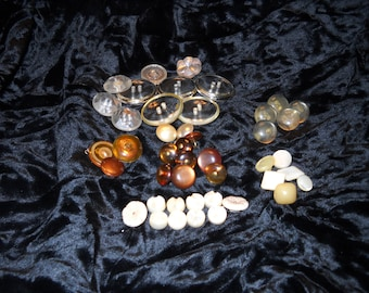 Translucent And Clear Vintage Buttons(45)