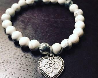 Om Heart Gray and White Bracelet