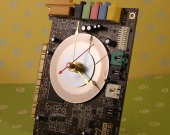 Computer Sound Blaster Live Circuit Board Desk Clock