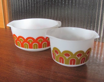 "Vintage 70's ""Arches"" Pyrex Mixing Bowls - pair - 70's Kitchen - 70's Pyrex Nesting Bowls - Pyrex Designs Mixers Bowls - Pyrex Fish Scales"