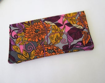 Checkbook cover, Fabric Checkbook Cover, Checkbook Holder, Pink and Orange Checkbook Cover, Gift for Coworker Gift for Friend, Gift under 10