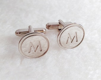 Circle One Initial Cufflinks,Personalized Cufflinks,Silver Men CuffLinks,Engraved Monogram CuffLinks,Elegant Monogrammed Cufflinks