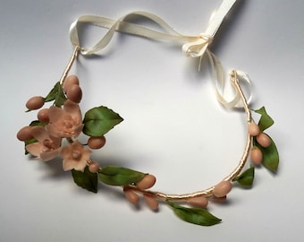 Headdress of communion headband, inspired by ancient wax crowns