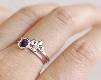 fleur de lis ring . fleur de lis jewelry . fleur de lys ring . stackable fleur de lis ring . fleur de lis stacking ring . kkg ring