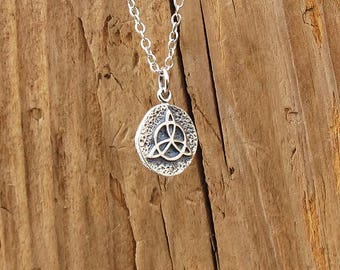 Sterling Silver Celtic Triquetra Knot Coin Charm Pendant Necklace Amulet Talisman Symbol Of Protection