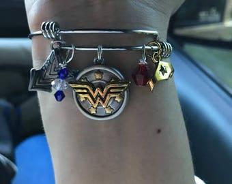 Wonder woman charm bracelet stainless steel