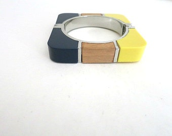 Square Bangle Hinge Bracelet Lucite Wood