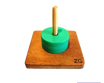 Game recessed, painted wood pallets, vertical rod, same diameter, Montessori Educational Toy, produces handmade, custom color.