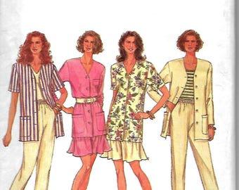Simplicity 8429       Misses Pants, Shorts, Unlined Jacket     Size 6-10, or Size 18-22      Uncut